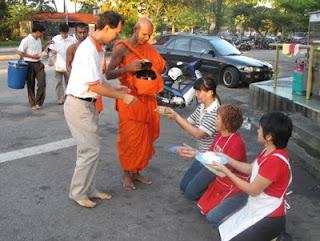 Piṇḍacāra on Wesak Day, 2011